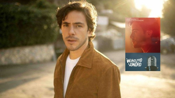 Jack Savoretti Singing to strangers